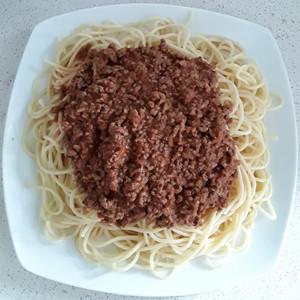 Spaghetti with minced beef