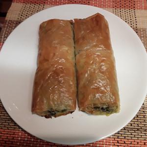 Vegan spinach pie (single slice) ay - £27.00