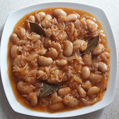 GIGANTES WITH ONIONS.jpg
