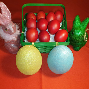 Red eggs