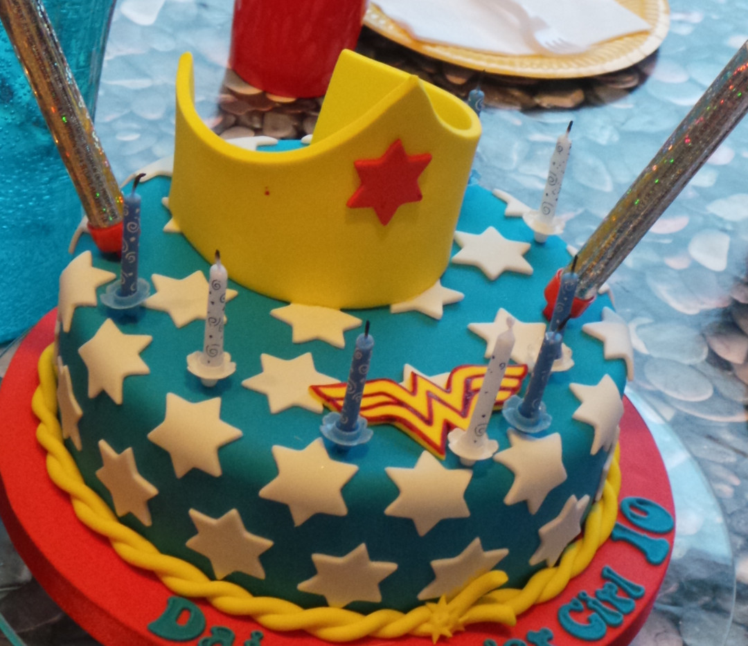 tailor made cakes
