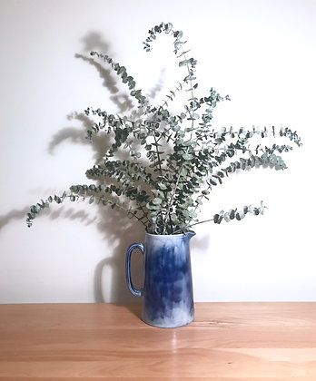 VINTAGE BLUE CERAMIC VASE / PITCHER