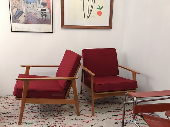 PAIR OF VINTAGE MID CENTURY ARM CHAIRS