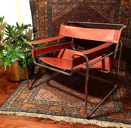 VINTAGE WASSILY CHAIR WITH ORANGE SADDLE LEATHER