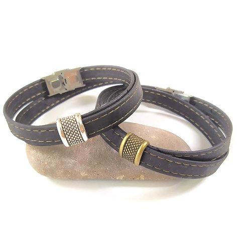 Bracelet personnalisable en liège noir pour homme.