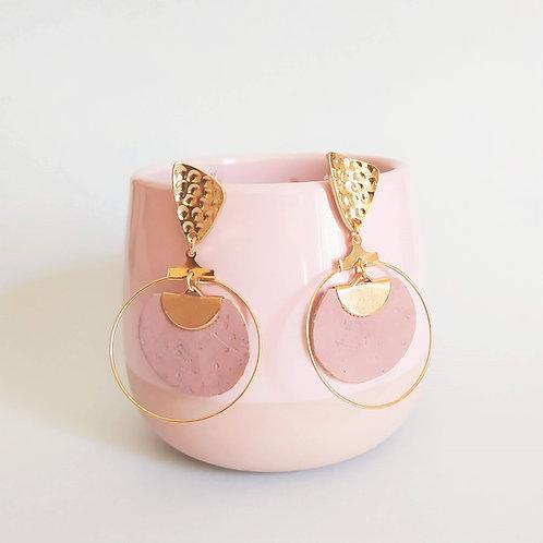 boucles d'oreilles en liège rose vegan