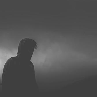 """Dlaczego osoby w kryzysie psychicznym nie mogą """"wziąć się w garść""""?"""
