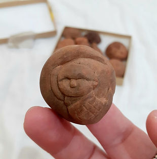 avocado-seed-carving