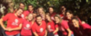 Fotografia de los voluntarios de la ONG