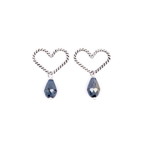 Duchess Heart Earrings: Dark Crystal