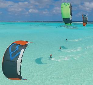 Downs wind en kitesurf en guadeloupe.png