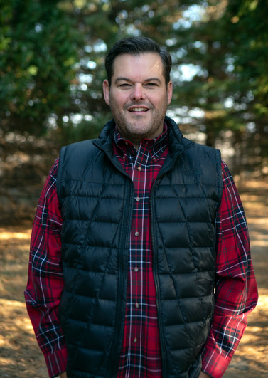 Pastor Aaron 1.jpg
