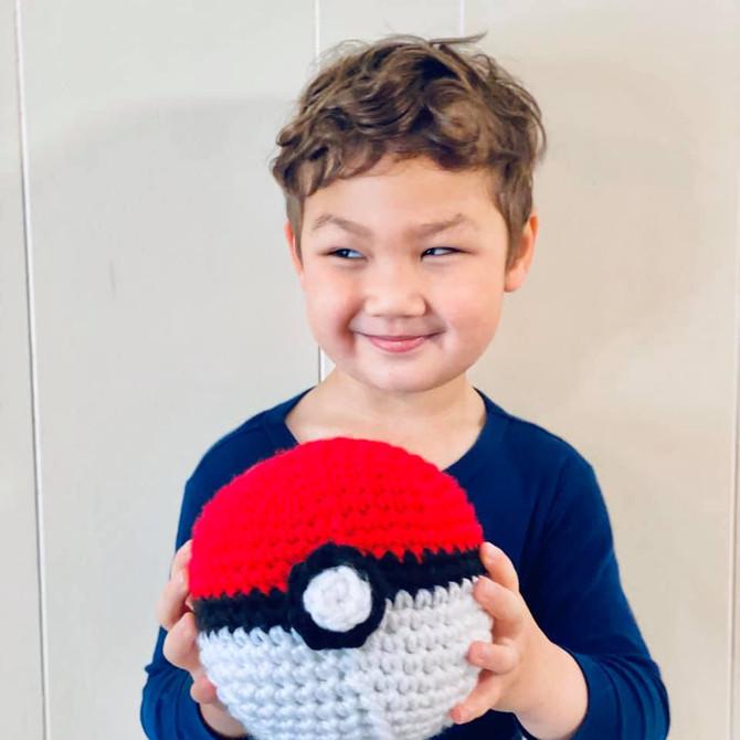 Pokemon Ball - Crochet
