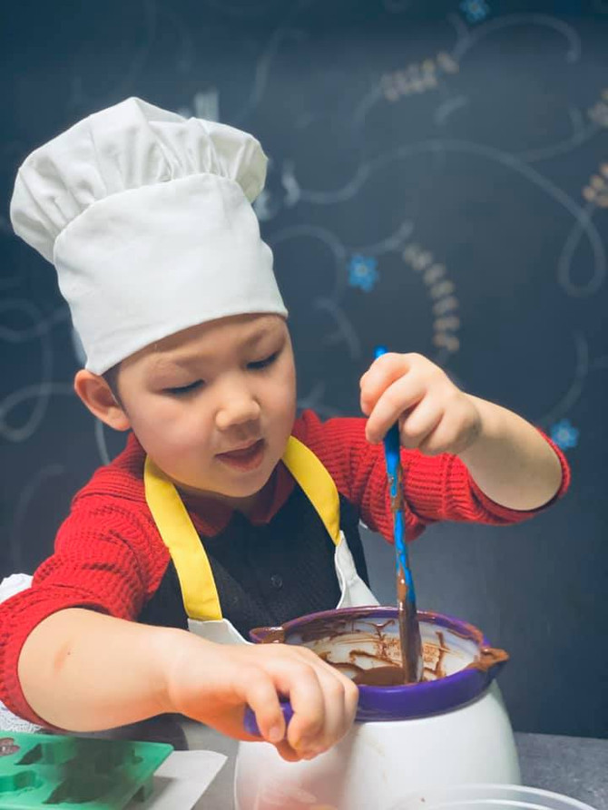 For Chocolate Lovers - Chocolate Melt Activities