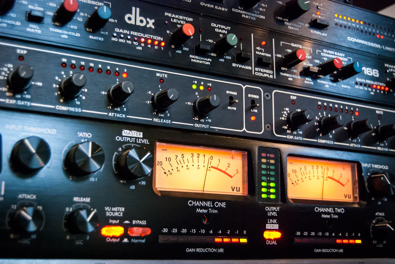 Studio Outboard / Compressors