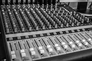 Tuition and Training - Music Production, Audio Engineering, Sound engineering, Music Technology - Benfleet, Southend, Essex