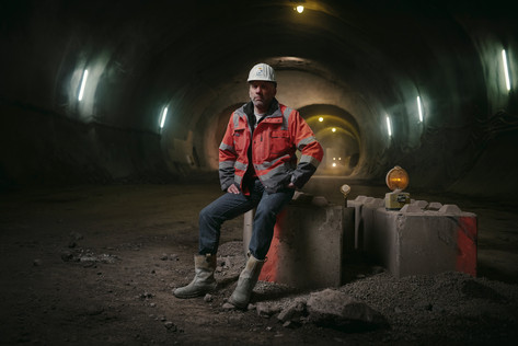 Tunnelarbeiter_120x80_170dpi.jpg