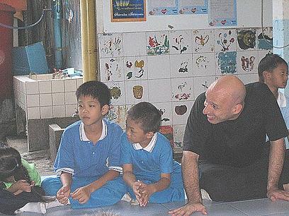 Bangkok Homeless Children 2-1.jpg