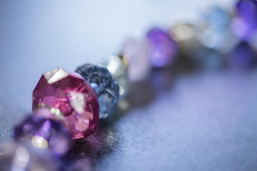 gemstones-4664734_1920.jpg