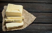 butter-on-paper-WYCQ2VJ.jpg