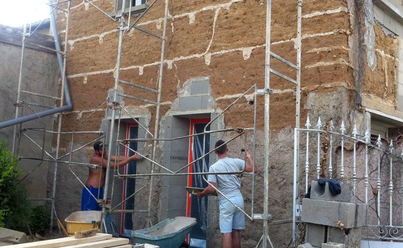 Pose des ouvertures, reprise des ouvrants en façade