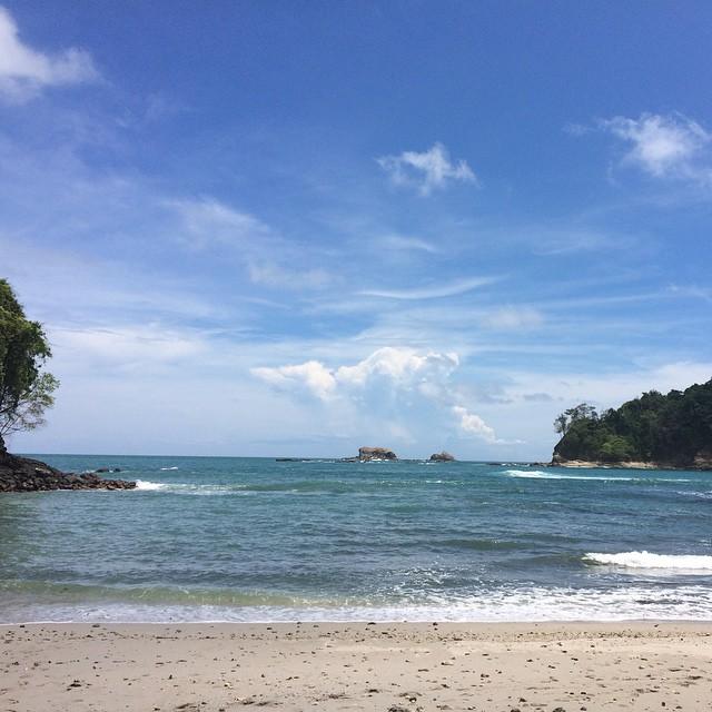 La playa en Manuel Antonio #traveladventures #costarica