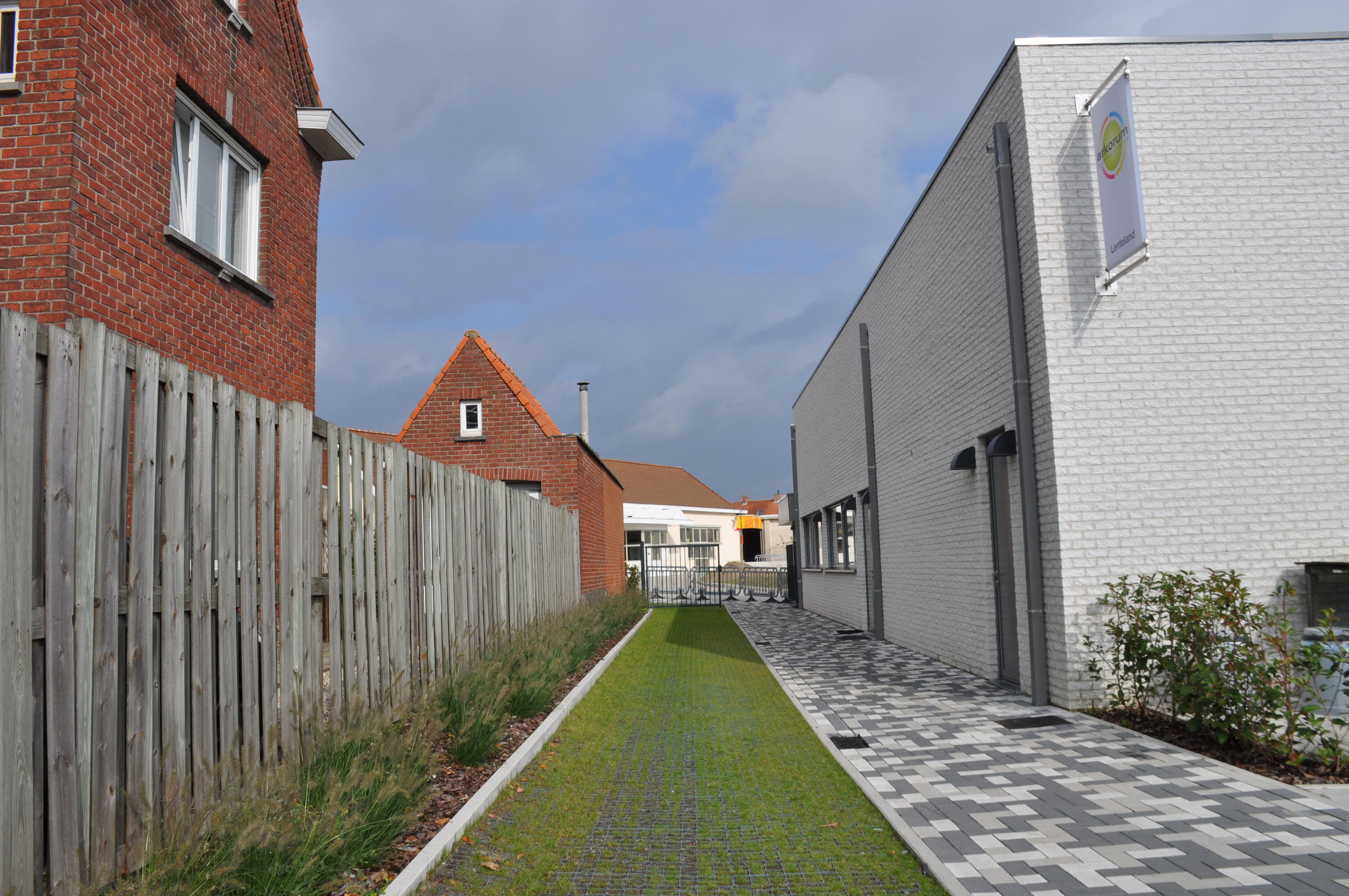 hoofdingang Honzebroekstraat