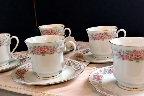 Remington Fine China set of 5 Teacups with Saucers