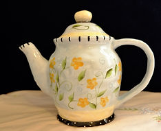 Bella Casa by Ganz Country-style Teapot