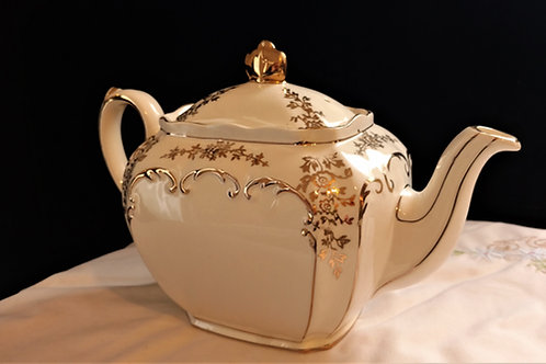 Sadler White and Gold Teapot, Made in England