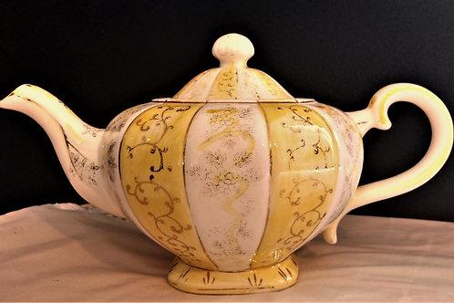 Gold Trim Teapot