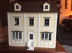 doll house front with flowers.JPG