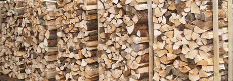 "Linnorie Firewood Services (LFS) - Aberdeenshire & Moray firewood logs supplier: Sales unit ""pallet with posts"" for the district heating scheme of Linnorie House"