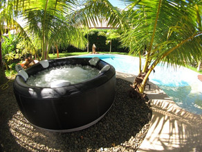 10 Reasons You Will Love Your Inflatable Jacuzzi