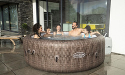Lay Z Spa St. Moritz 7 person hot tub