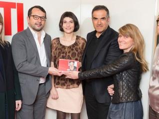 """Marion Larat élue femme de l'année 2013 par """"RTL"""", """"Marie Claire"""" et """"F"""