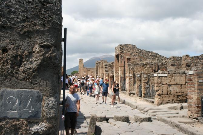 О чем нужно знать, планируя свое посещение археологических раскопок города Pompei?