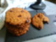 Oatmeal cookies with chocolate (vegan)