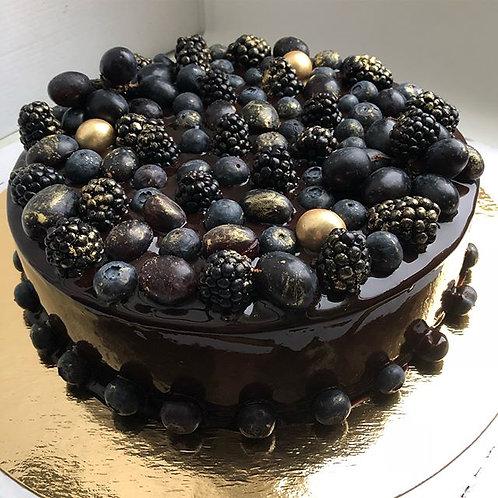 "Торт ""Малина-шоколад"" с ягодами"
