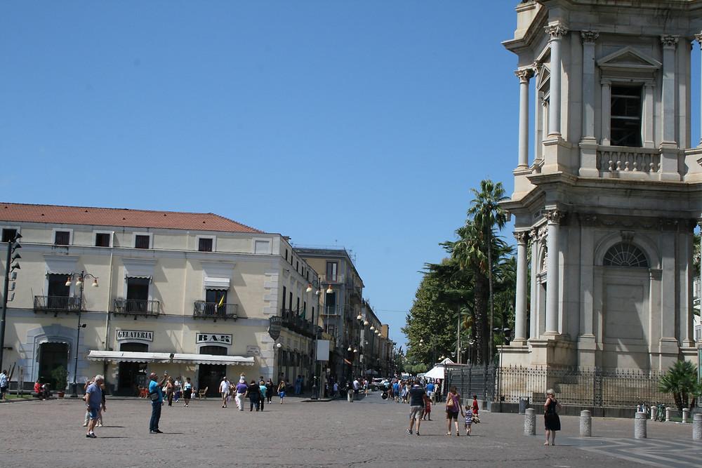 Современный город Помпеи
