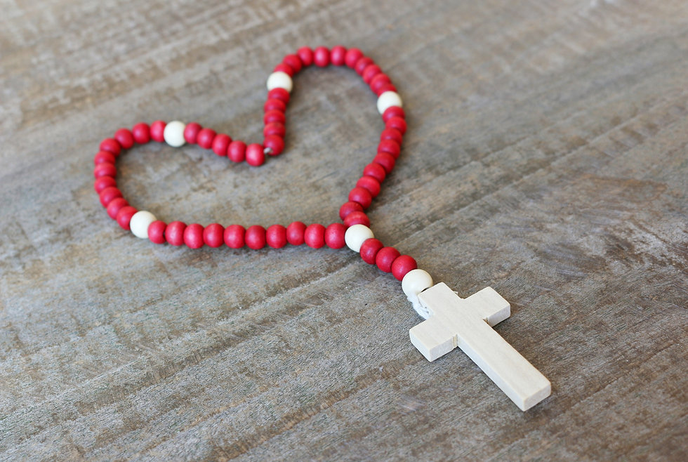 the%20rosary%20arranged%20in%20a%20heart
