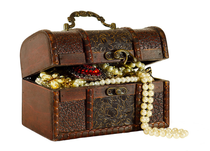 Treasure%20Chest_edited.jpg