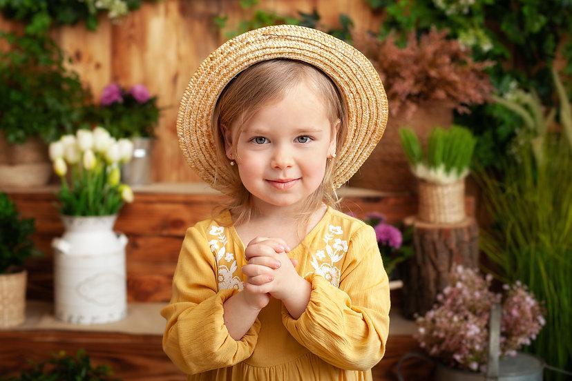 portrait child praying. Little girl hand