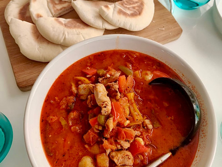 Turkish chicken hotpot