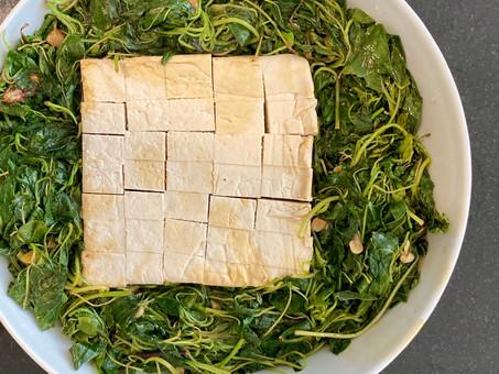 Thai-style stir-fried amaranth with tofu and garlic