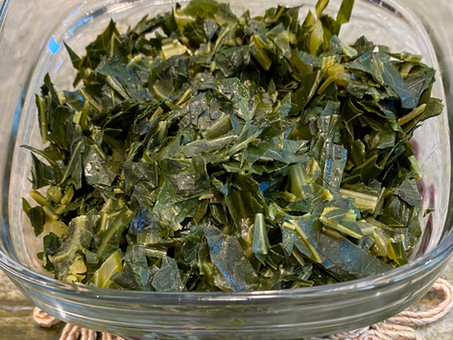 Collard greens with spiced butter and Mitmita