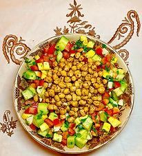 Spiced chickpea with fresh vegetable salad