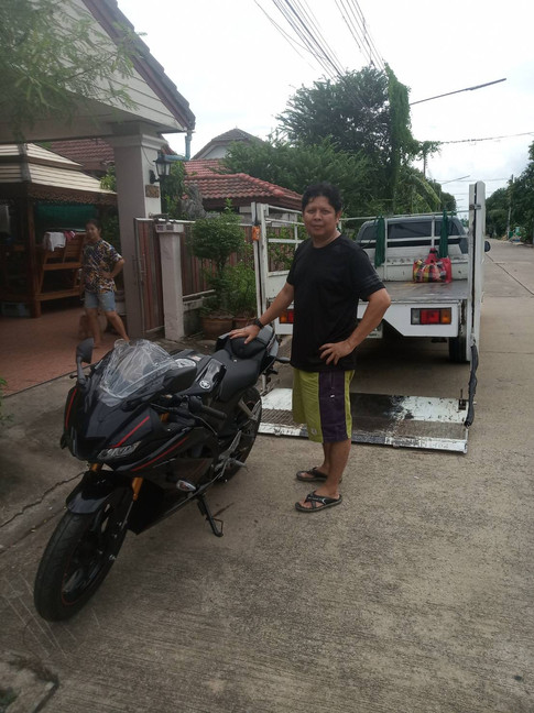 delivery-r15.jpg