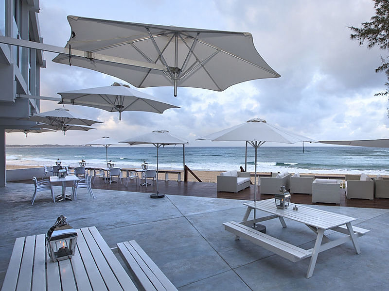 Wallflex parasols at Tofo Mar LR.jpg