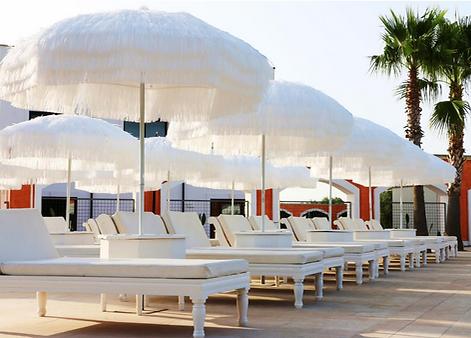 püsküllüşemsiye, püsküllü plaj şemsiyesi, püsküllü havuz şemsiyesi, havuz şemsiyesi modelleri, dekoratif güneş şemsiyeleri, bohem güneş şemsiyesi, bali güneş şemsiyesi